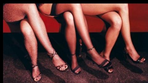 На Электронной полицейские задержали четырех проституток