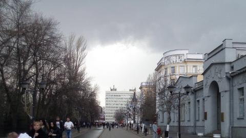 Завтра в Саратове ожидается гроза с градом