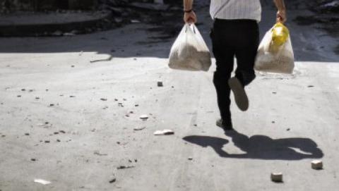 Сельчанин украл со склада 12 бутылок водки, колбасу и сигареты