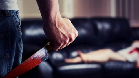 Саратовец из ревности зарезал сожительницу