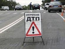 В Ладе-Калине при столкновении с грузовиком погибли двое