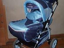 Мужчина украл у заводчанина детскую коляску