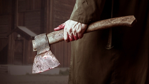 Пенсионер убил собутыльника молотком и топором