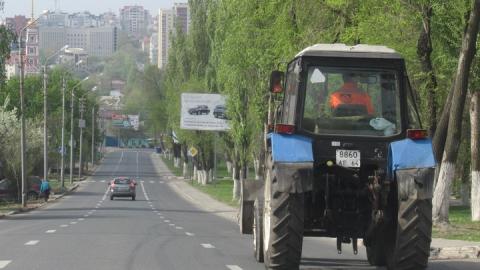 В Саратовской области в аварии с трактором погиб мужчина