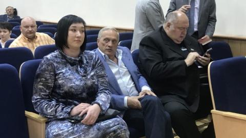 Василия Максимова поставили решать проблемы энгельсских дольщиков
