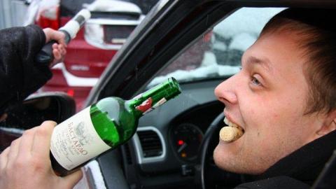 На дорогах Саратова задержаны двое пьяных водителей