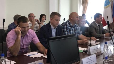 Трех депутатов гордумы отправили контролировать саратовские МУПы