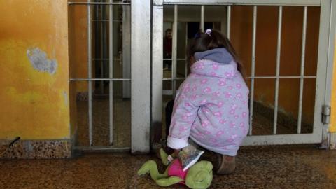 Директор турбюро просила суд отсрочить приговор из-за малолетнего ребенка