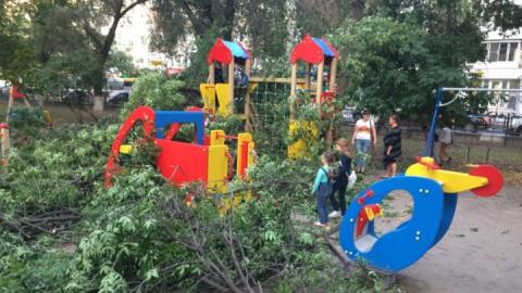 Администрация Фрунзенского района передала часть детских площадок управляющим компаниям