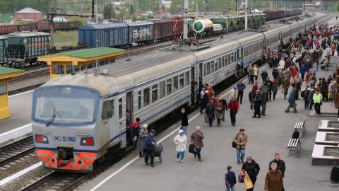 В Саратовской области дополнительно пущено семь пригородных поездов