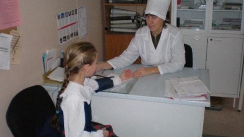 В саратовских школах не хватает врачей и медсестёр