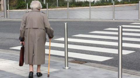 В Саратове 71-летний водитель сбил 72-летнюю женщину