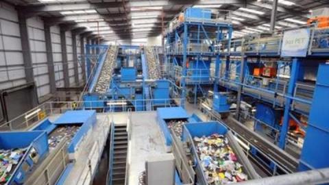 На создание мусоросортировочного комплекса в Саратове направят 99,1 миллиона рублей