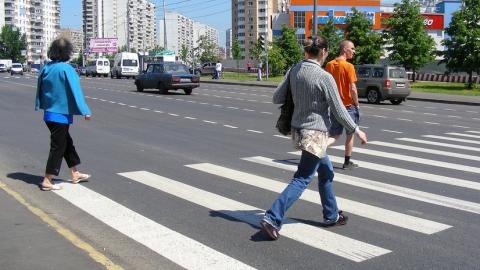 Саратовские автолюбители сбили двоих пешеходов