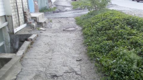 На тротуары в Саратове выделили 25 миллионов