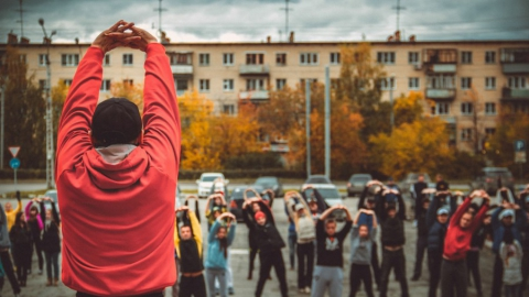 Улегин и Чеботарев проведут зарядку в День защиты детей