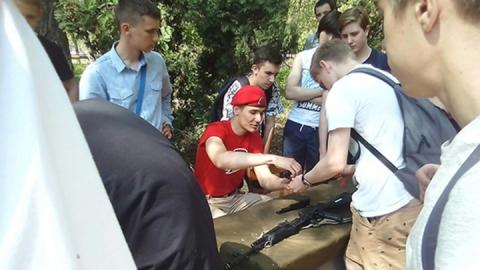 На энгельсской авиабазе 1000 школьников прошли военные сборы