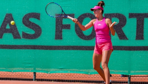 Теннисистки из Саратова заняли второе место в Узбекистане
