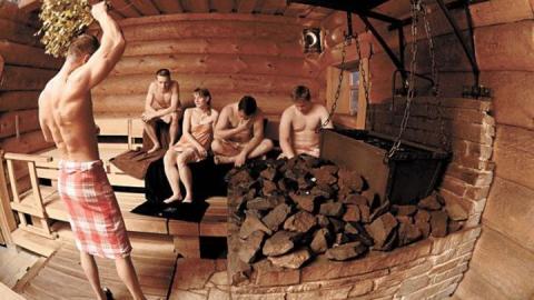 В минувшие выходные саратовцы спалили три бани
