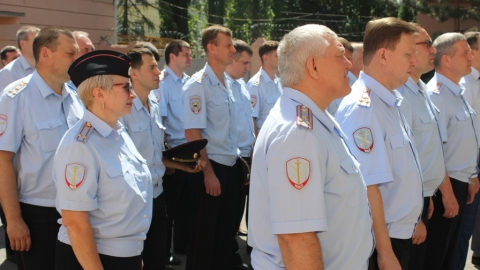 В Саратове полицейские вышли на молебен в честь 300-летия ведомства