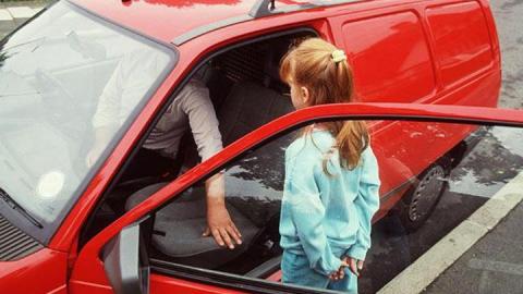 Саратовец обвиняется в интиме с малолеткой