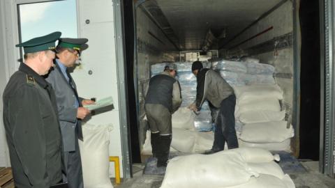 На российско–казахстанской границе задержана фура с мукой