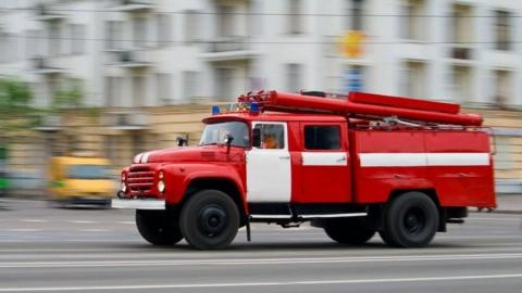 """""""Тау Галерею"""" эвакуировали из-за загоревшейся на парковке машины"""