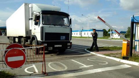 В Саратовскую область пытались ввезти 11 тонн просроченной муки
