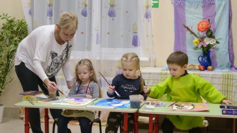 На зарплату педагогов дополнительно направят 7,5 миллионов рублей