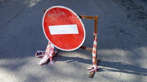 Незаконные постройки в охранной зоне мешают ремонту теплотрассы на ул. Авиационной