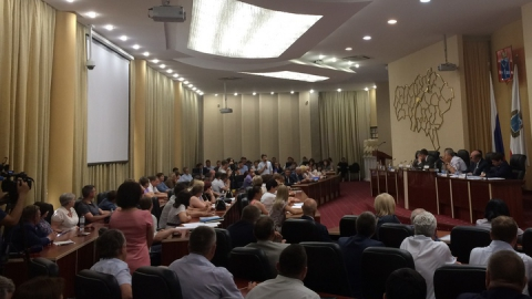 Володин заявил о необходимости активизации работы по поиску собранных с дольщиков денег