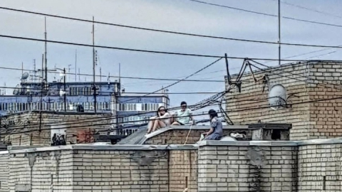 Саратовские подростки облюбовали крышу девятиэтажного дома