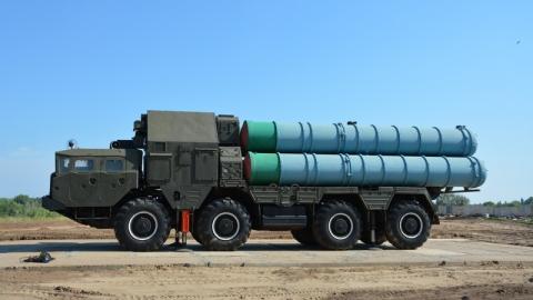 В Энгельс поступил первый ракетно-зенитный комплекс для военного парка