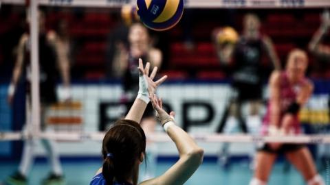 Саратовские волейболистки поедут в края самоцветов и янтаря