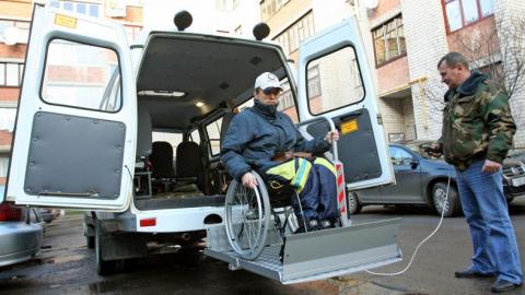 Саратовским инвалидам расскажут о бесплатных транспортных услугах