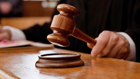Начфин регионального ГУ МЧС приговорен к штрафу, лишен звания и наград