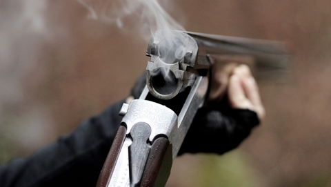 Отец застрелил из ружья сына за отказ сходить за спиртным