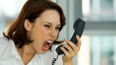 Жителям Энгельса по телефону помогут сохранить любовь с партнером