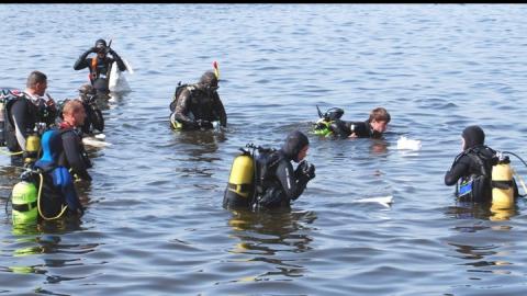 В Вольске продолжаются поиски утонувшей девочки