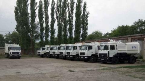 В Саратовскую область поступила первая партия новой мусоровывозящей техники