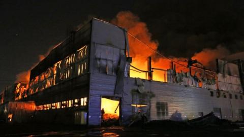 Ночью в Кочетном сгорел крупный склад