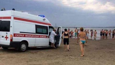 В Саратове ищут свидетелей избиения девушки на пляже