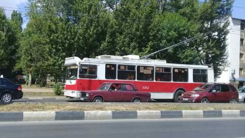 В Саратове встали троллейбусы 10-го маршрута