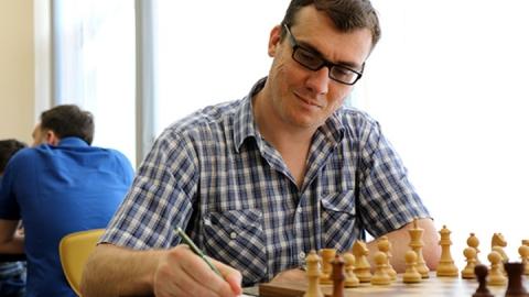 Саратовский шахматист одержал пятую победу на «Мемориале Льва Полугаевского»
