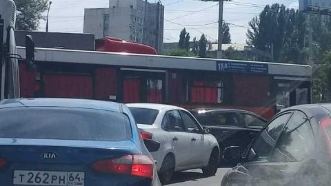 В Саратове попал в аварию автобус «18Д»