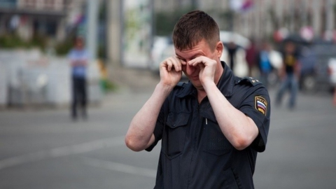 Перед судом предстанет напавший на полицейского с кулаками саратовец
