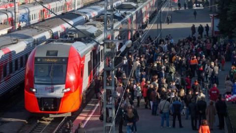 В Саратов задерживается прибытие поездов из Адлера
