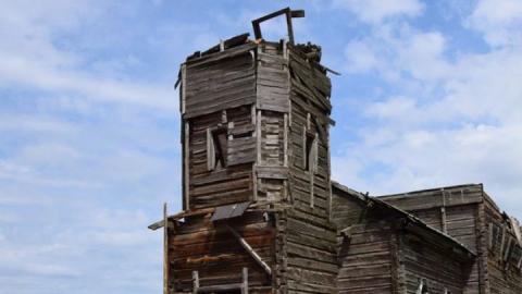 Деревянный храм в Новой Осиновке рухнул из-за дождя