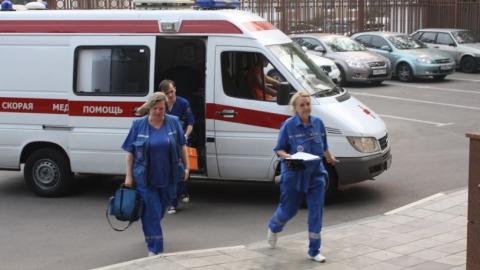 Спасатели освободили из заточения раненую женщину