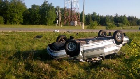 Вчера в области произошло три ДТП с опрокидыванием машин в кювет